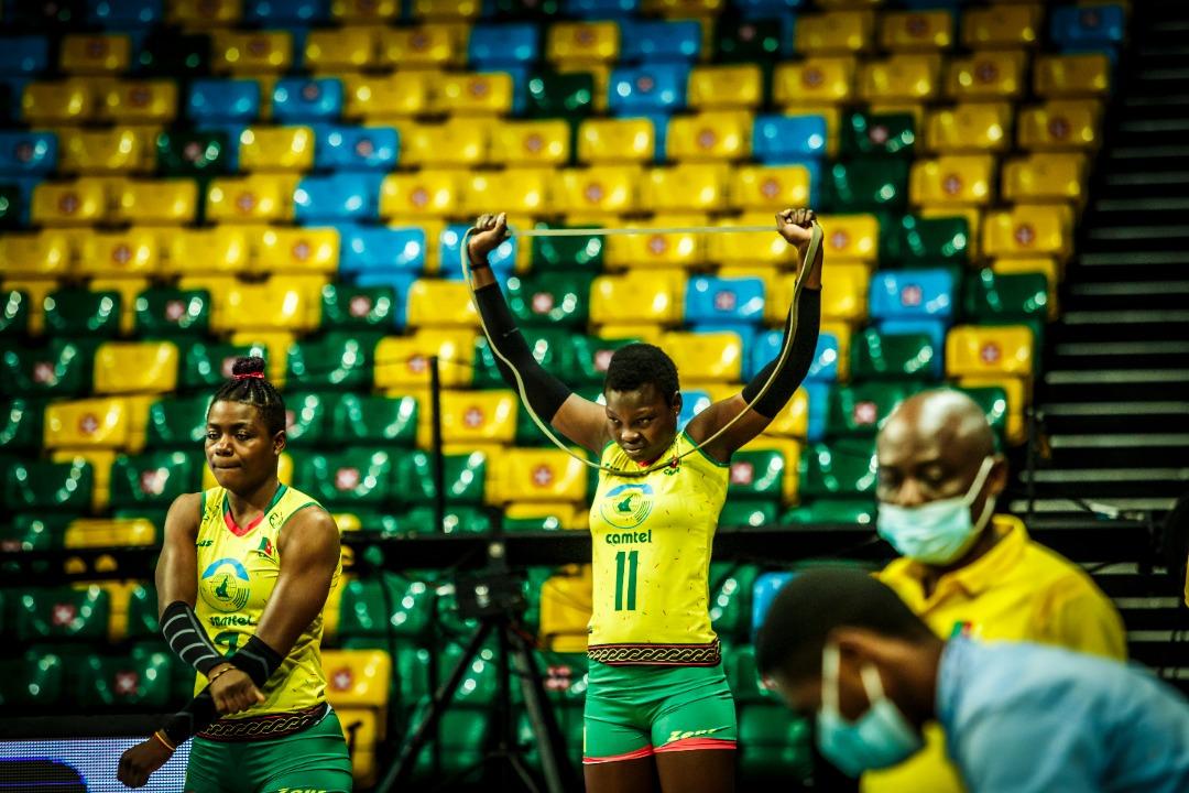 #AfricaVolleyChampionship2021  Cameroon 🇨🇲 igeze ku mukino wa nyuma itsinze Nigeria 🇳🇬 amaseti 3-0 Set 1: 25-13  Set 2: 35-33 Set 3: 25-13  18h00: Umwanya wa 3 (Maroc vs Nigeria 20h00: Final (Kenya vs Cameroun)