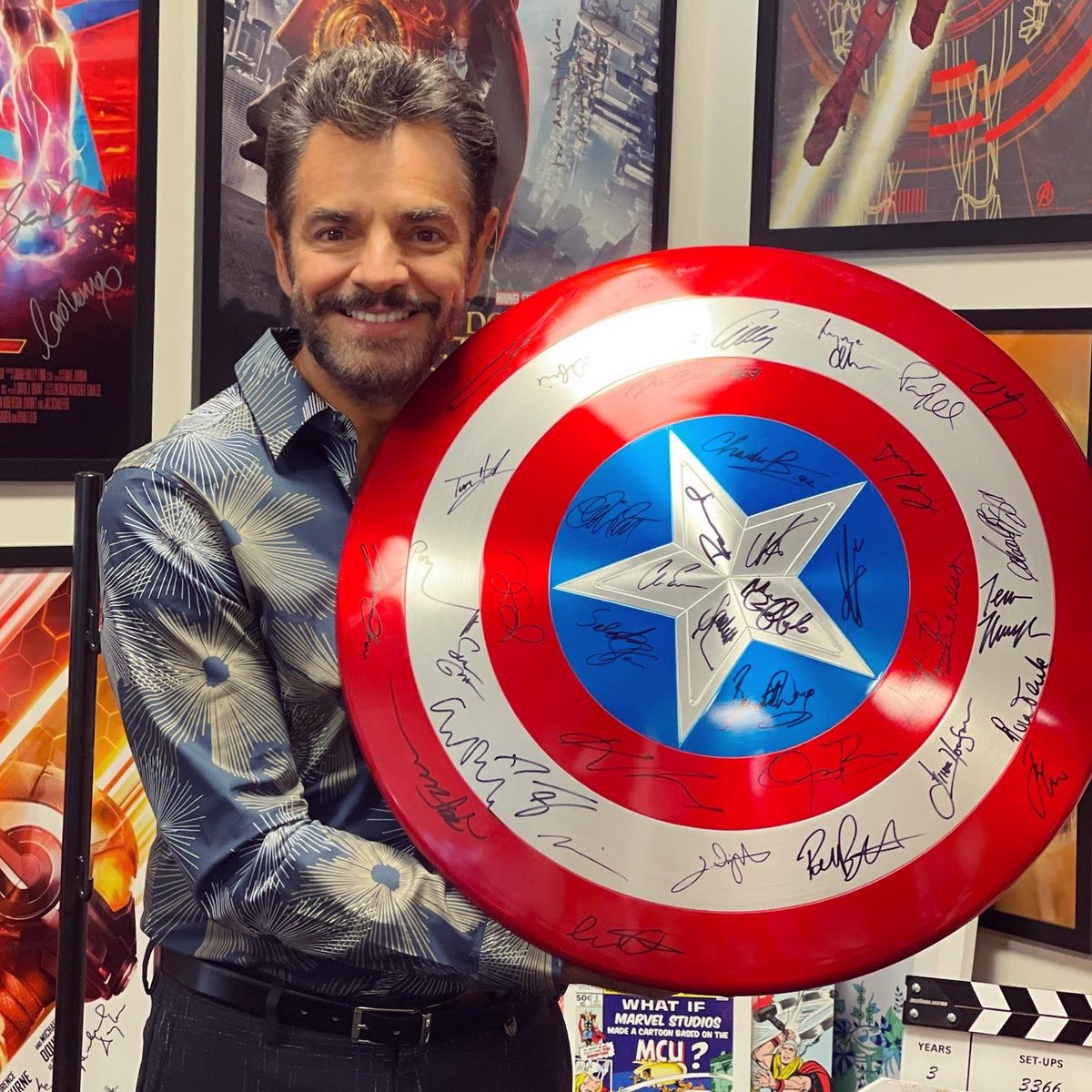 Always be yourself, unless you can be Captain America. Then always be Captain America.   Here I am with the original Captain America shield! https://t.co/uv3pshPBlL