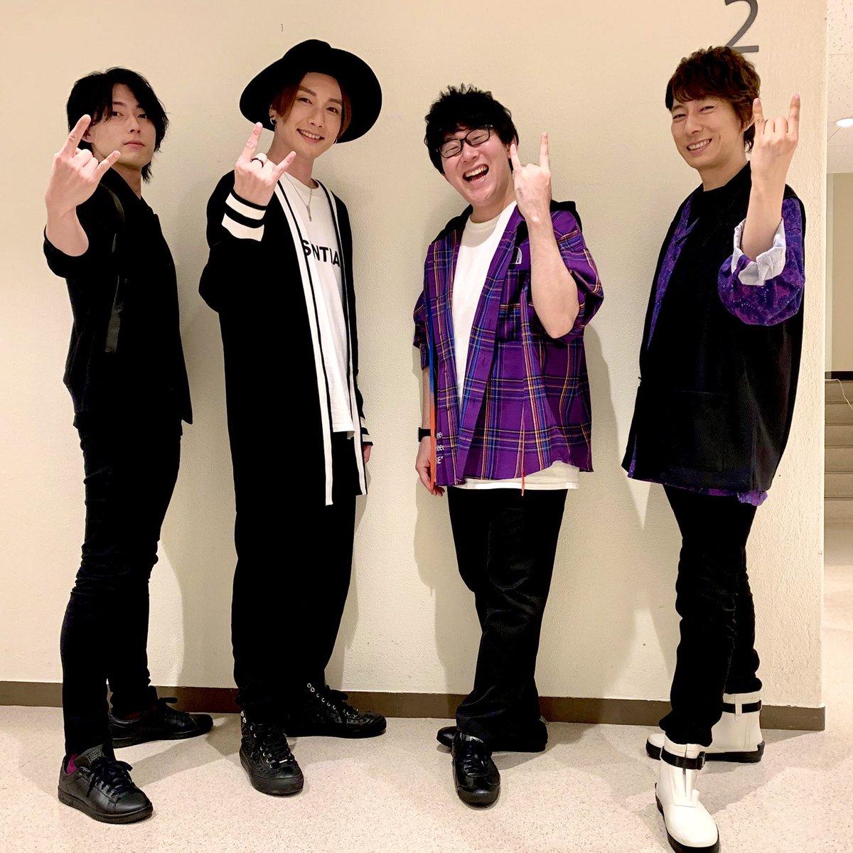 あんスタ!ファンミ大阪ご参加ありがとうございました!大阪のおいしいものも堪能させていただき、イベントも暖かく迎えてくれてありがとうございました!ツアーは始まったばかり!次は福岡で!👋🦇