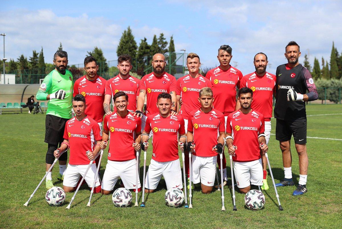 Ampute Futbol Milli Takımımız üst üste 2.defa AVRUPA ŞAMPİYONU!! 🏆 2017'de İstanbul'da kazanılan şampiyonluktan sonra 2021'de de şampiyon olan takımımız toplamda 36 gol atıp sadece 2 gol yedi! Tebrikler @amputemilli!! 🇹🇷👏👏