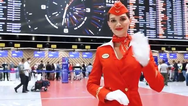 Image for the Tweet beginning: ✈️ Russia's @aeroflot flight attendants