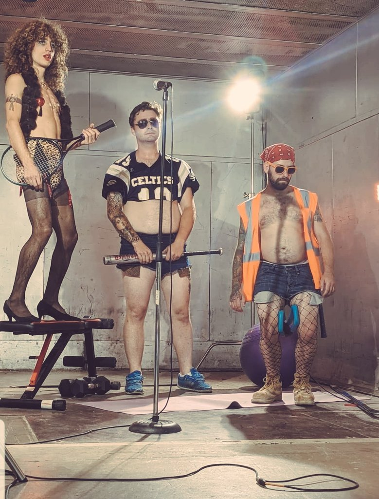 #Newmusic #Newmusicvideo to be released in October - See you soon 👀  #musicvideo #rockmusic #punkmusic #punksnotdead #funksnotdead #funky #funktoronto #punktoronto #oshawapunk #oshawarocks #canadiancontent #highquality #goodcontent #RockAndRoll #glam #makeup