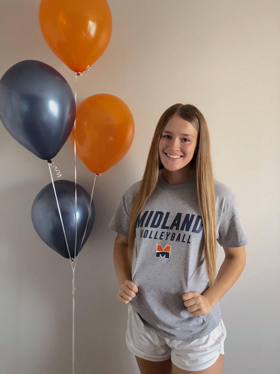 Outstanding news!  @Midland_VBall just got better tonight.  Congrats Hailey!