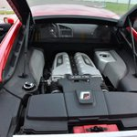 Image for the Tweet beginning: El automóvil deportivo Audi R8