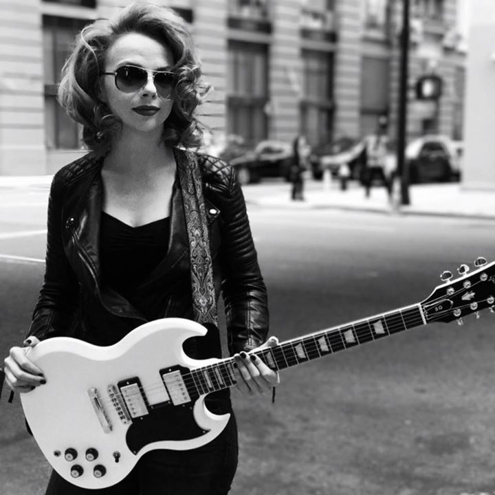 Early Sunday morning on @RadioHeartland on The Current, Mike Pengra featured music by @RachelBaiman, @Samantha_Fish and more! You can find the complete episode and playlist here: thecurrent.org/programs/radio…