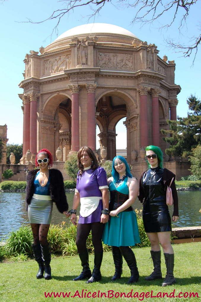 One of the rare sunny days in San Francisco - ample reason to dress up! @DaisyDucati @BondageLand @DenaliWinter & Sissy Stephanie #TeamAlice