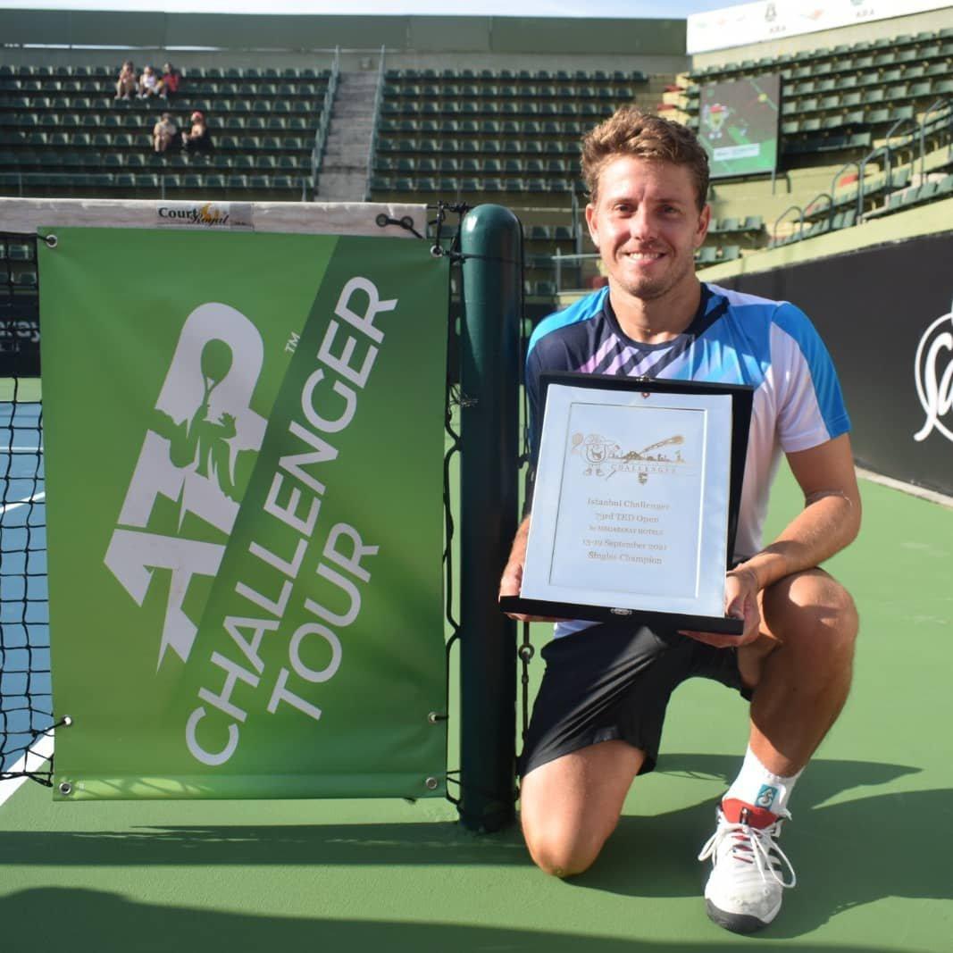 73. kez düzenlenen TED Open Istanbul Challenger'da 1 numaralı seri başı James Duckworth şampiyon oldu. 12. Challenger şampiyonluğunu kazanan 29 yaşındaki oyuncu, 65 numaraya yükselerek kariyer sıralamasını elde etti.