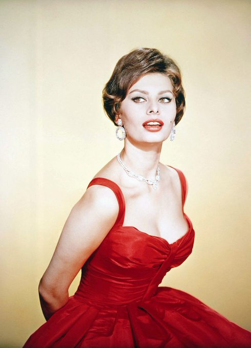 Happy 87th birthday to Sophia Loren (September 20, 1934)