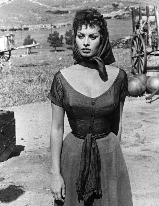 Very happy birthday to great Sophia Loren!