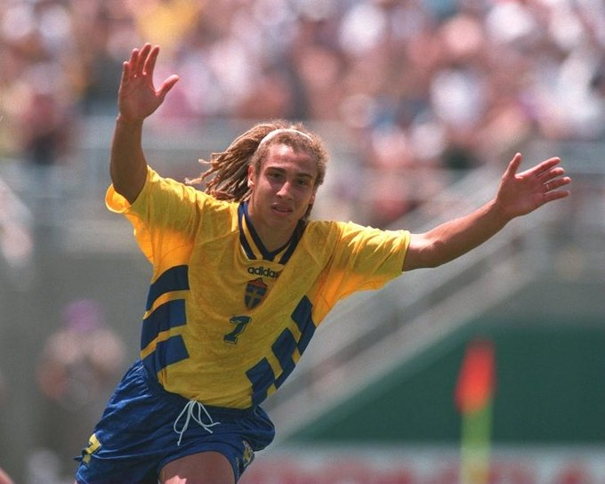 Happy birthday to one of the absolute GOATS Henrik Larsson who s 50 today!