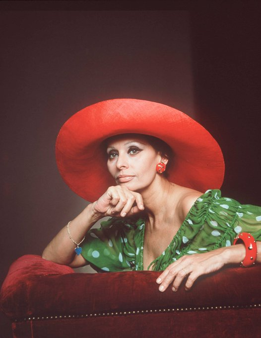 Happy 87th birthday, Sophia Loren!