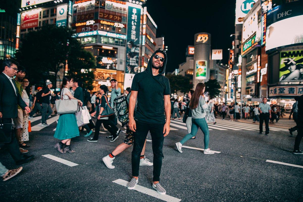 日本のみんな、スパソニで一緒に盛り上がってくれて本当にありがとう!また戻ってくるのが待ちきれないよ!明日が最終日のDJ MAG Top 100の投票をよろしくね。🇯🇵 🇯🇵 ❤️ ❤️ cybr.at/vote #r3hab #djmag #japan
