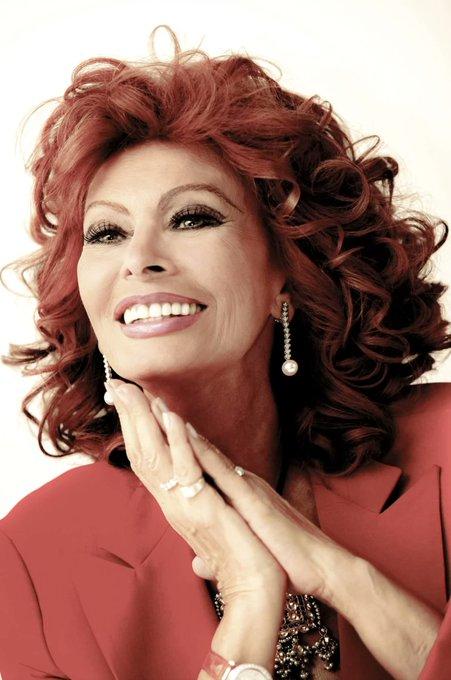 Happy 87th birthday to the luminous Sophia Loren.