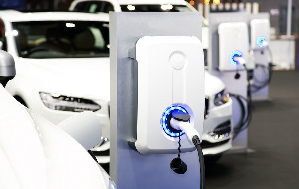 James Rodgers from the government's procurement agency, Crown Commercial Service, shares considerations for purchasing #ElectricVehicles in the public sector - @gov_procurement greenfleet.net/features/20092…