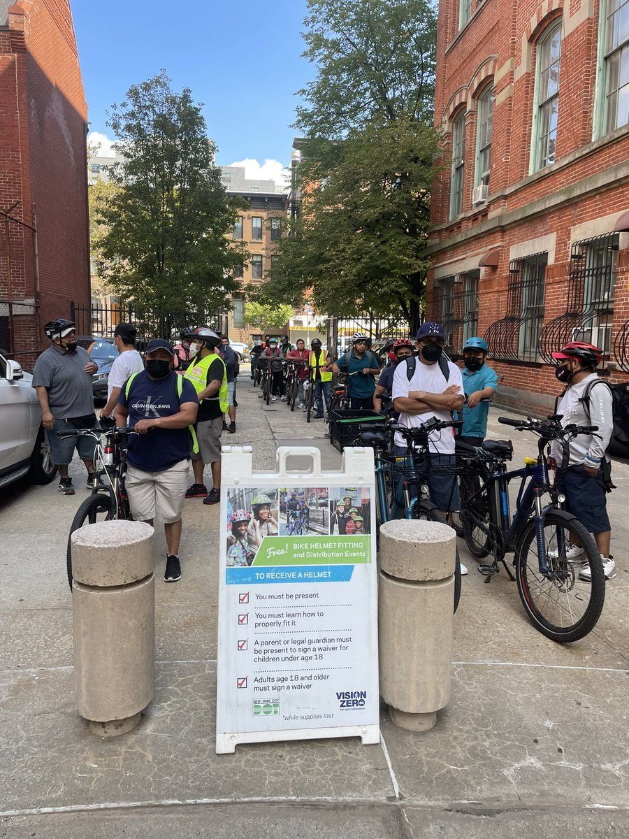 Being a deliverista in NYC is tough & essential work. We've legalized e-bikes & as we continue to advocate for improved working conditions, we are looking out for their safety with a bike registration & helmet giveaway today with @ConsulMexNuy! Look out for an event #SeenIn13.