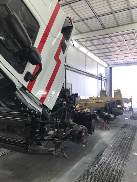 test Twitter Media - Blast from the past last Friday. Our friends at Gallows Wood recovered a vehicle into us using the Recovery truck we refurbished for them 2 years ago and it still looks like new! #GallowsWood #VehicleRefurbishment #SikkensPaint #MartinWilliamsHull https://t.co/zhFGk9Ffk6
