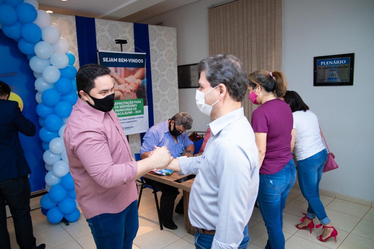 Cumprindo compromisso de campanha, Prefeito Marcos Calderan trabalha na valorização e reconhecimento do servidor público do município. 3