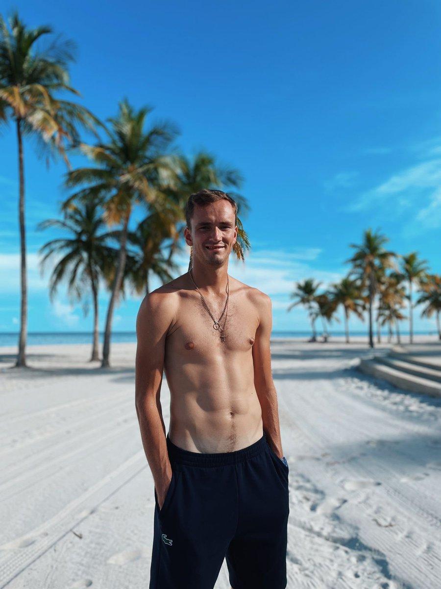 Daniil Medvedev (@DaniilMedwed)