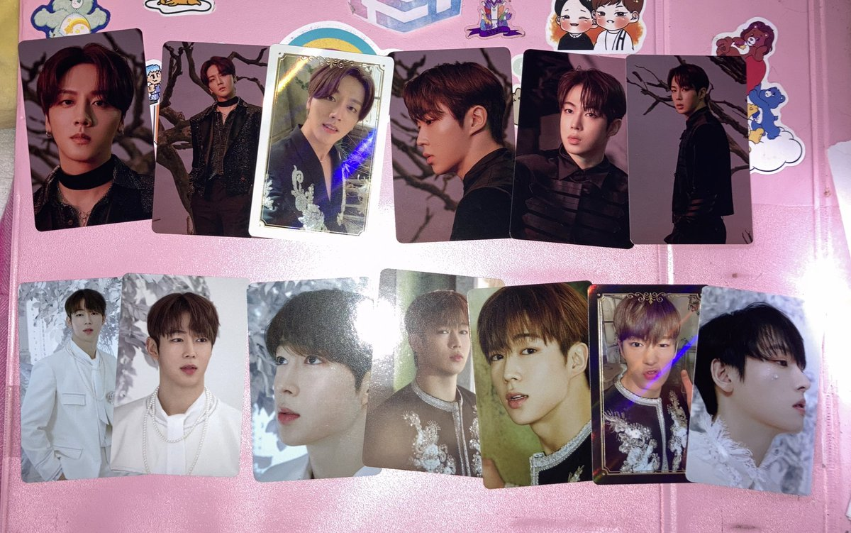 i got my sorted trading packs today !!! i was pleased with dawon