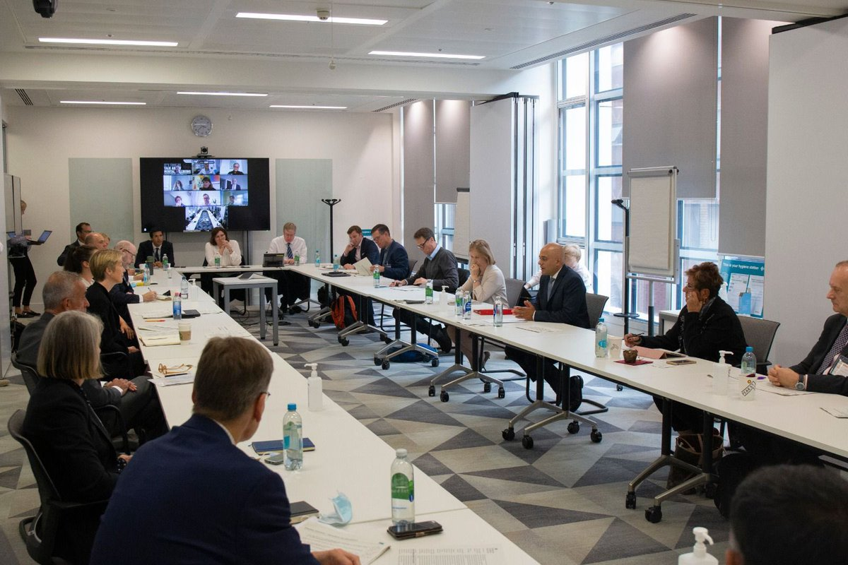 Delighted to be joined by leaders and experts from across the health and social care sector for a reform summit at @DHSCgovuk this afternoon. Thank you to everyone involved in the productive discussions – I look forward to working with you.