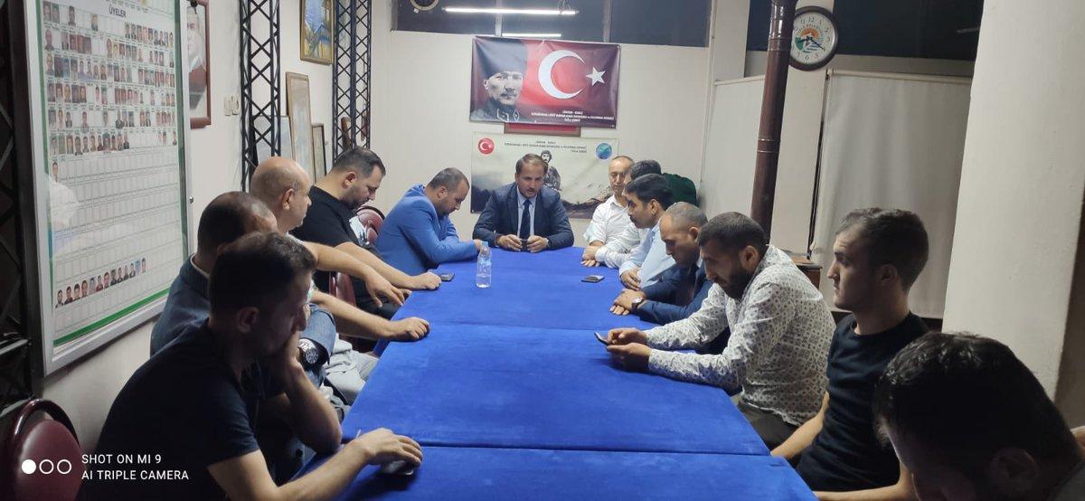 İlçe Başkanımız  #ErdemDoğruer ile  İçmeler Mahallemizin toplantısına katılım sağladık.  İnandık,iman ettik, Başaracağız…