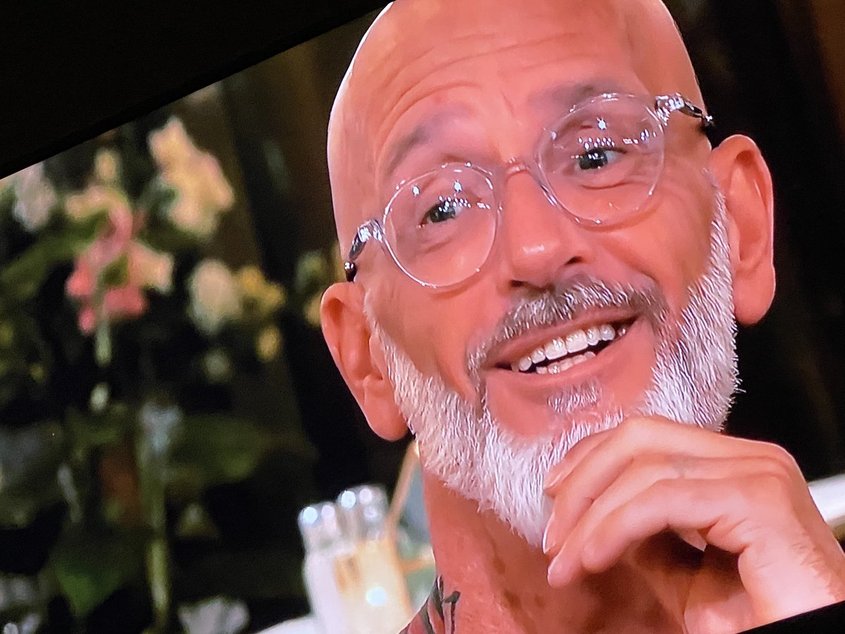and he's a raver. acieeeeed #firstdates