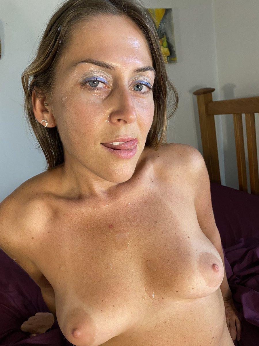 Cum and take a closer look 👀😅