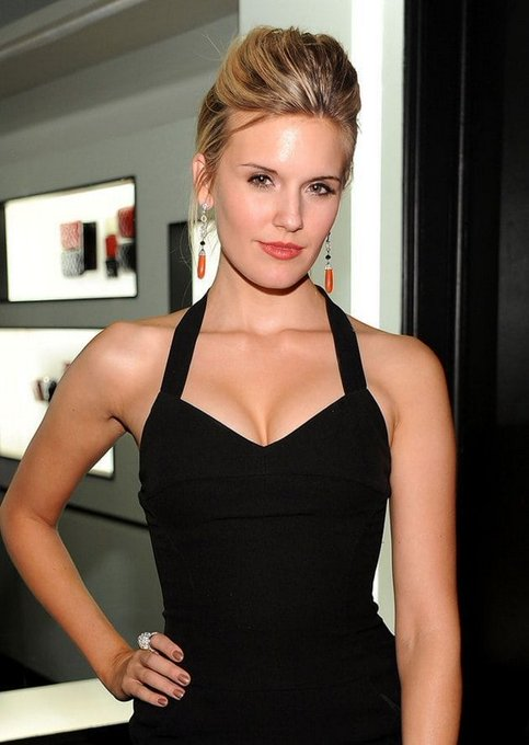 Happy 38th Birthday Shout Out to the lovely LOST actress Maggie Grace!!!