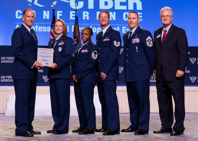Congratulations to the #ReserveCitizenAirmen recognized at the Air, Space & Cyber Conference!  #ReserveReady #ReserveResilient