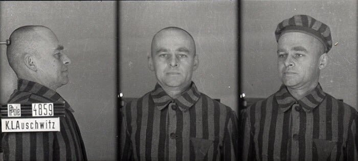 Witold Pilecki was a Polish soldier in 1920 & 1939 wars. In 1940 he successfully managed to infiltrate Auschwitz and was one of the co-founders of the camp resistance. He escaped in April 1943 & wrote a report about the crimes in the camp. lekcja.auschwitz.org/en_16_ruch_opo… 5/5