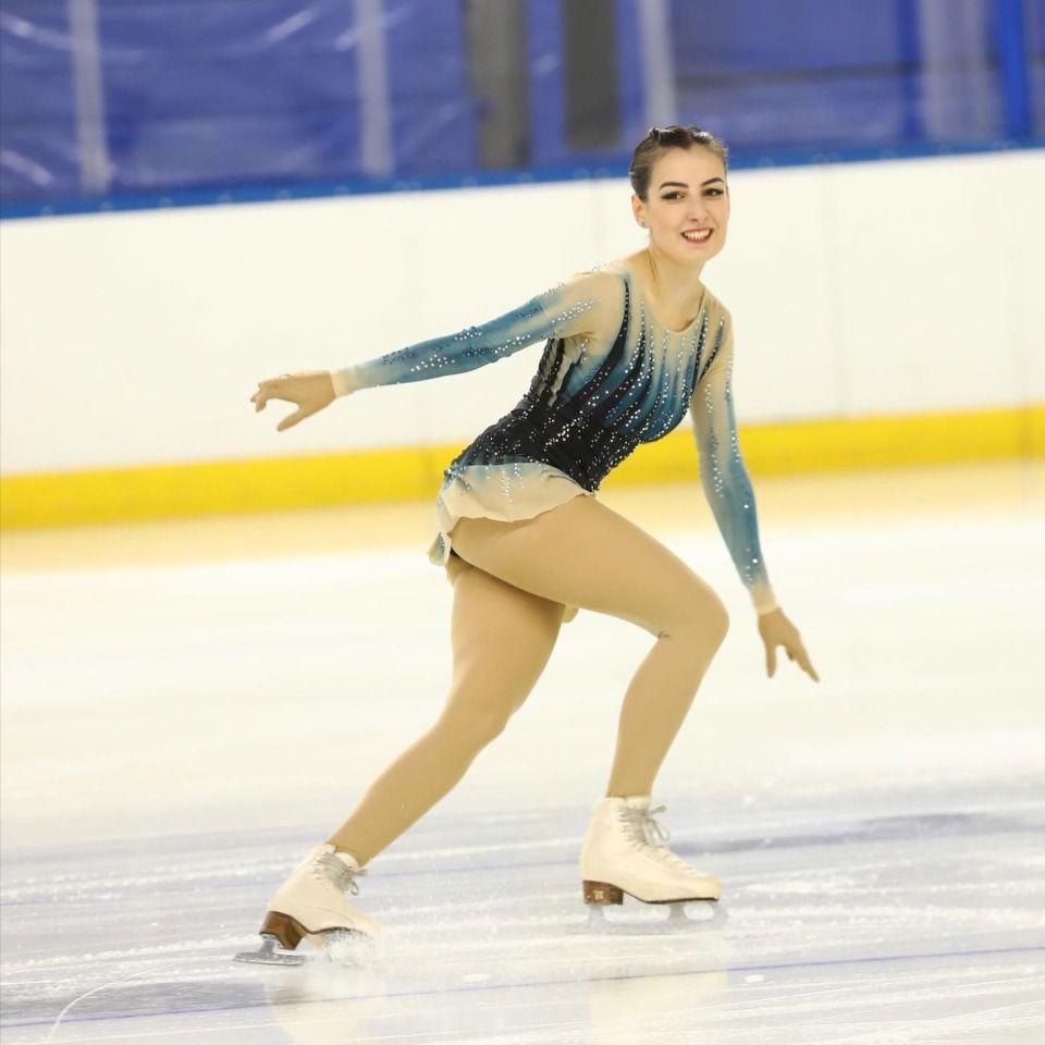 23-24-25 Eylül günü Kış Olimpiyatları Artistik Patinaj için son biletler dağıtılacak.Kadınlarda 6, erkeklerde 7, çiftlerde 3, buz dansında da 4 kota verilecek.Ülkemizi erkeklerde Başar Oktar, kadınlarda Sinem Pekder, buz dansında ise Yuliia Zhata/Berk Akalın çifti temsil edecek.