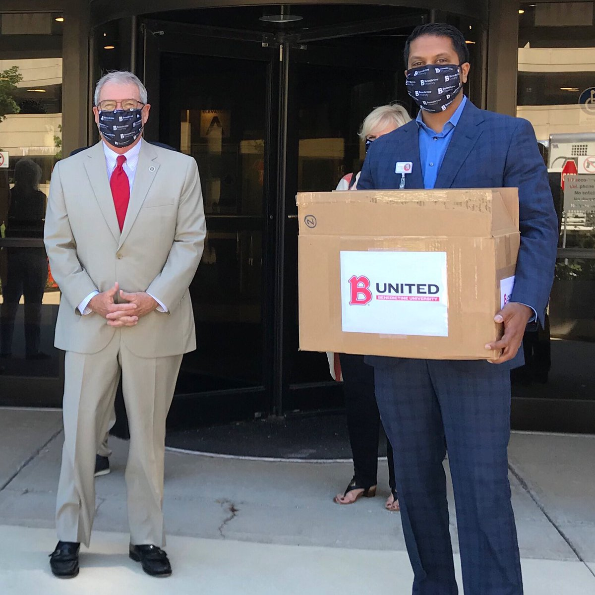 """Thanks to everyone who participated in our """"Buy a Mask, Give a Mask"""" campaign, we were able to donate 600 BenU face masks to Edward Hospital in Naperville and Catholic Charities, Diocese of Joliet. The campaign also raised over $25,000 for the BenU Mission Fund #BUnited https://t.co/qmkOZkJyAF"""