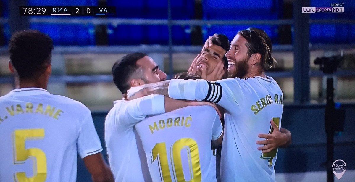 Zidane/ Asencio  magique  comeback 😍 #RealMadridValencia https://t.co/GXn7naelaO