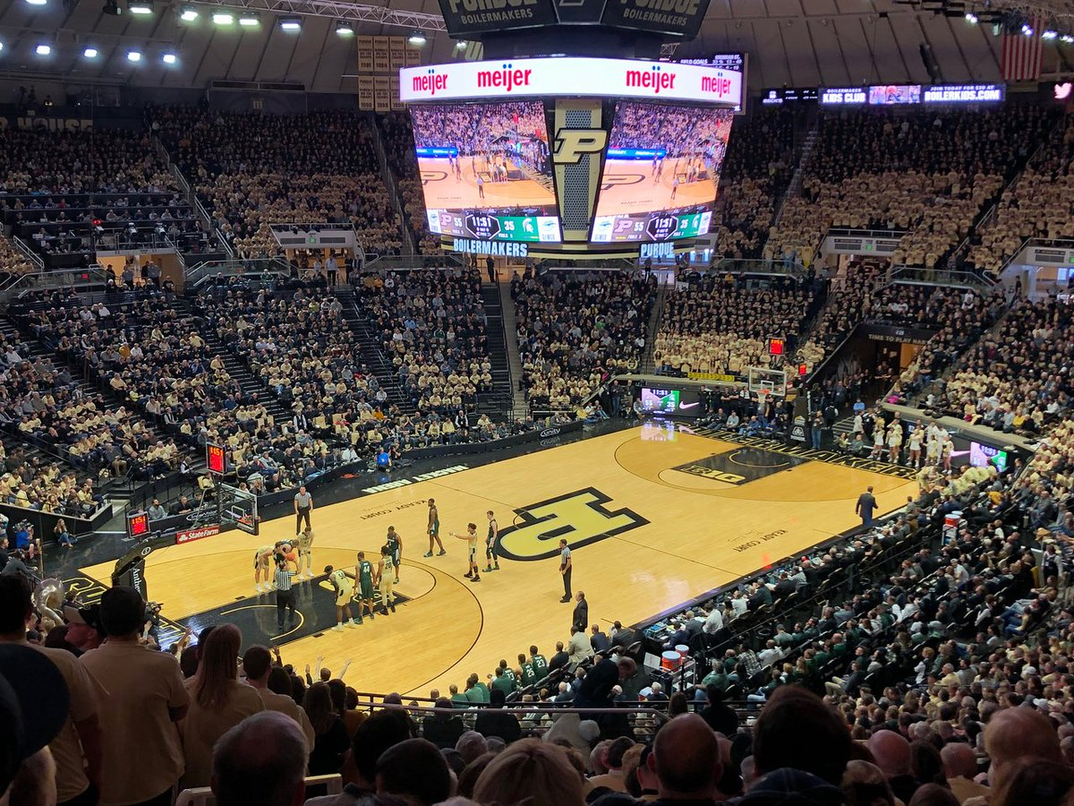 So blessed to have received an offer to Purdue University #boilerup https://t.co/rSUjzqlq2Z