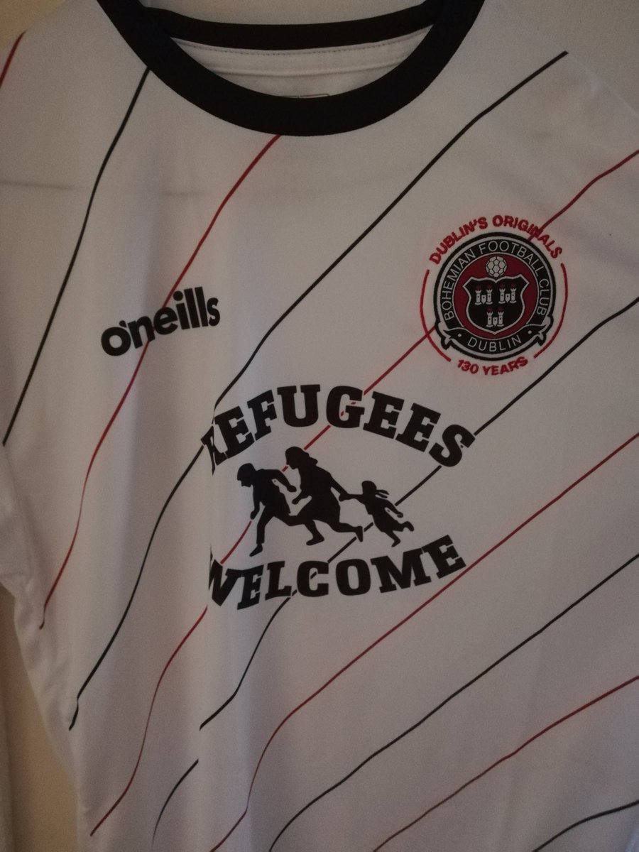 I gave in and bought this, from @bfcdublin. Superb shirt, profits to MASI this week.