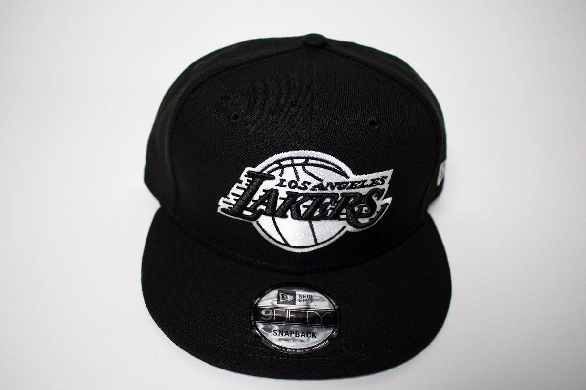 All new Lakers New Era Snapbacks available now!  #newera #neweracap #snapbacks #nba #caps  #sports #sportsleague  #teams #favorite #shopping #retail #streetwear #apparel #9fifty #9fiftysnapback #la #lalakers #lakers #losangelespic.twitter.com/N41i14sJKq