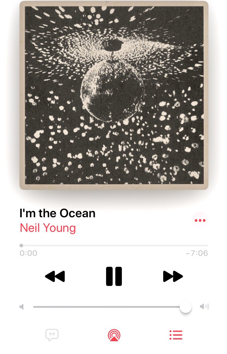 An all-time great rock and roll 🎸 number. Uncle @NeilYoung and @PearlJam. https://t.co/43CCC94FST