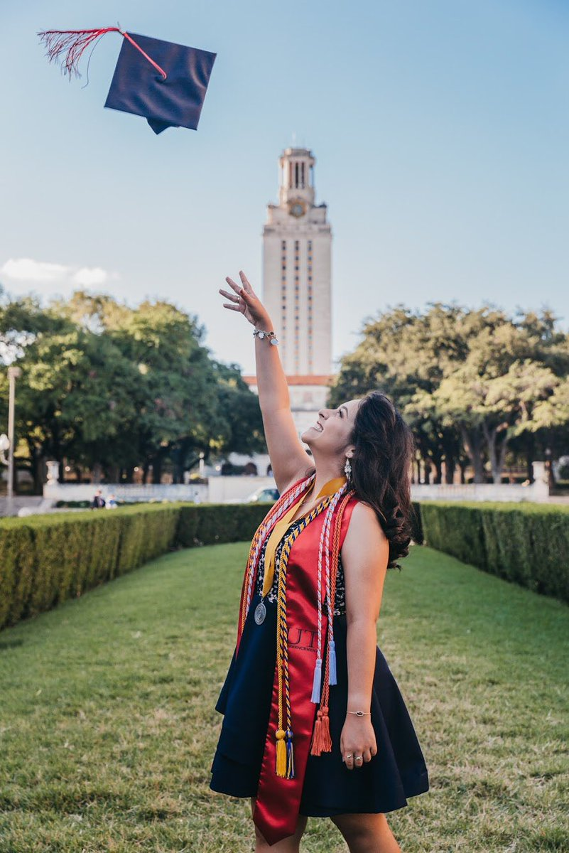 Thanks for memories that will last a lifetime @UTAustin and @UTexasMoody 🧡✨  Next stop: Changing the world 🤘🏼  (A little late, but I'm officially a part of the @TexasExes! #UTGrad20 #UT20) https://t.co/J9q684JBgH