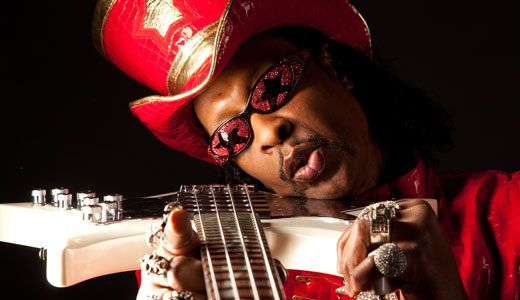 Parliament/Funkadelic legend William Bootsy Collins discusses his new album, World Wide Funk, his 6-foot pedalboard, and his lesser-known guitar playing. bit.ly/2jiYMzG