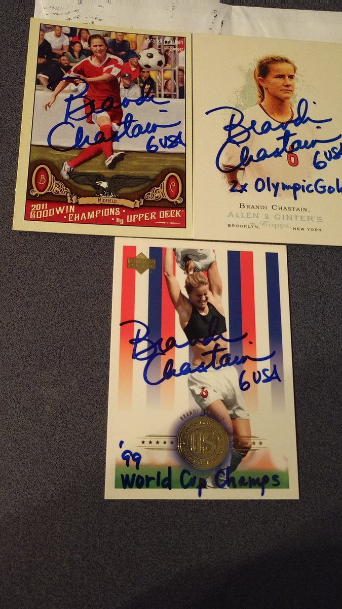Cool Mailday from USA Great Brandi Chastain https://t.co/CvnH9OqwZ7