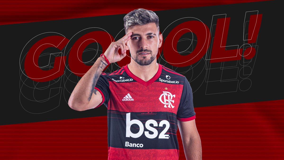 GOOOOOOLLL! Arrascaeta abre o placar para o Flamengo no Maracanã. Confira o gol