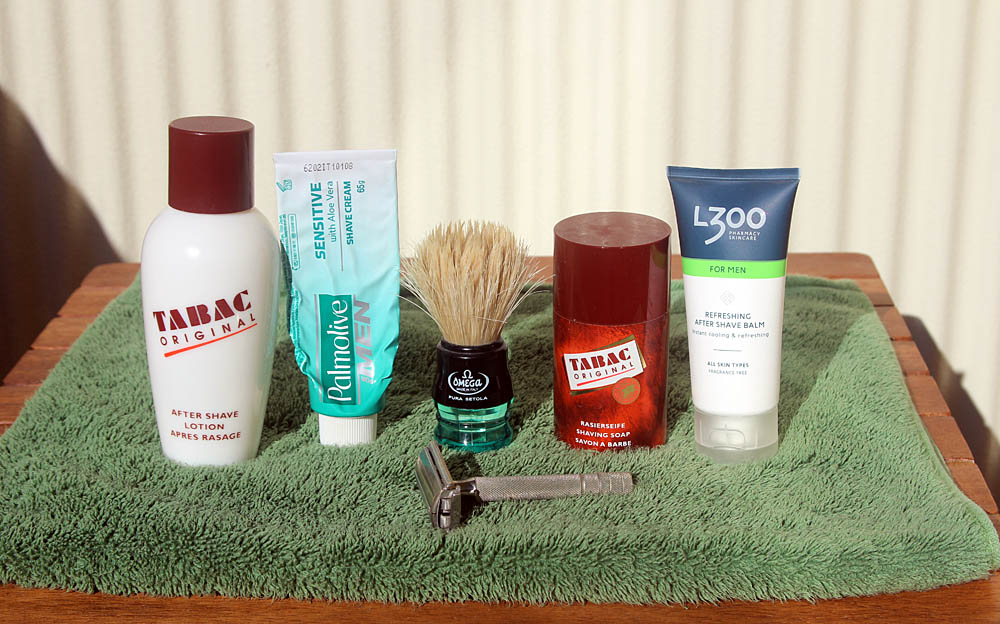 #Midsummer's Day #shaveoftheday: #GilletteSuperSpeed 1948-51 #DErazor  #TomyRazorblade #Omega10077 #ShavingBrush #Palmolive Sensitive #ShavingCream #L300 #aftershavebalm & #TabacOriginal #Aftershave @gillette #SOTD #wetshaving