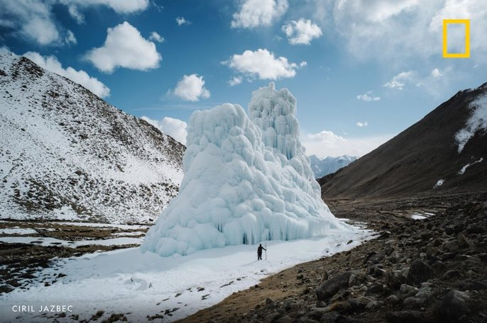 Meet a #mechanical_engineer and an unlikely band of students who #create  #artificial_glaciers to help  #irrigate_a_region of #India  hit hard by climate change  •••  #OverheardNatGeo https://t.co/Xh9YDAt3Op @NatGeo https://t.co/OoB6gzZOVM