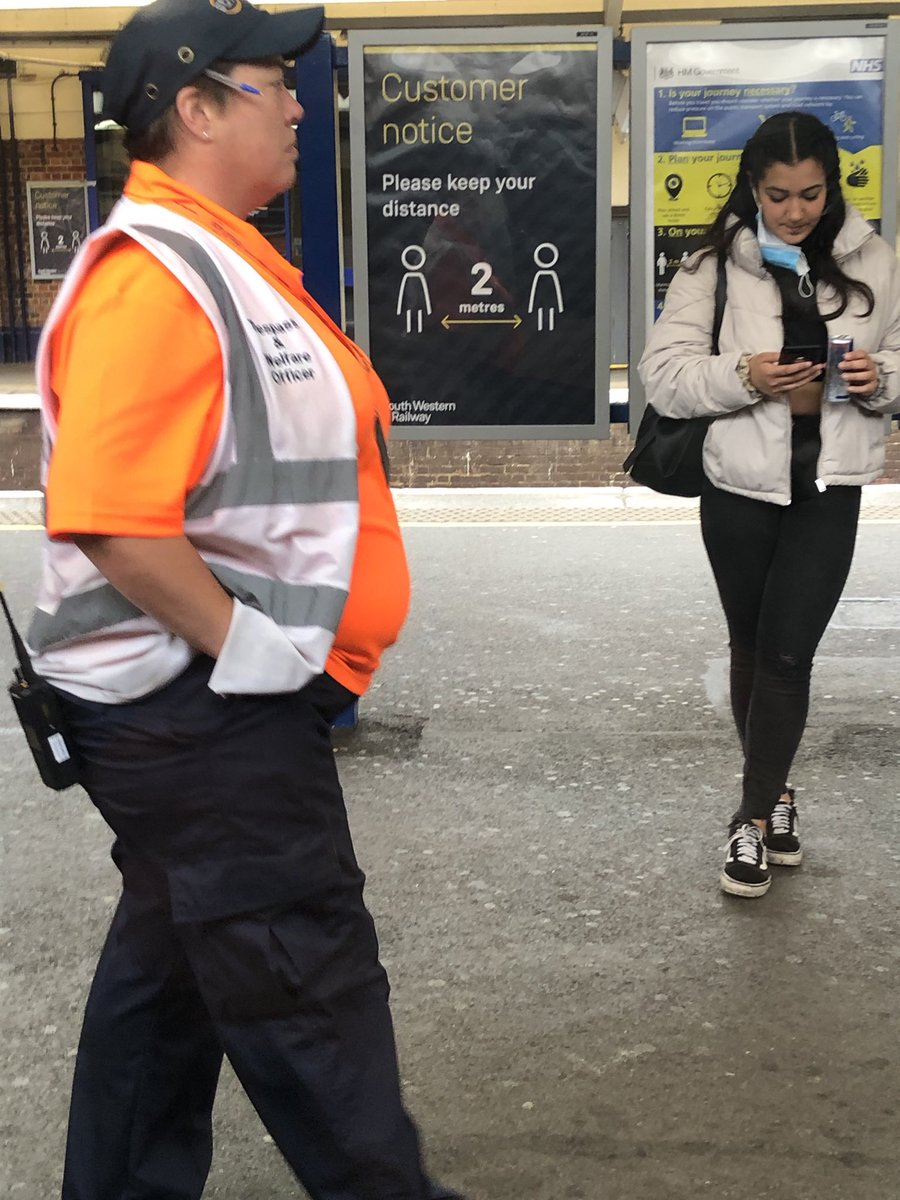 @SW_Help why are we all wearing masks for society's welfare when your welfare officers think they are above society ? Not a good look. https://t.co/rZSeiYTJv8