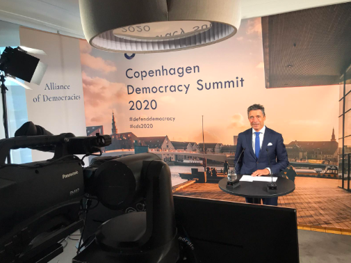 LIVE: Tune in now to see former US Secretary of State @JohnKerry and @AoDemocracies's @AndersFoghR in conversation with moderator @PoliticoRyan on US Global Leadership #CDS2020 #DefendDemocracy https://t.co/Xjhp8ZCQ4A