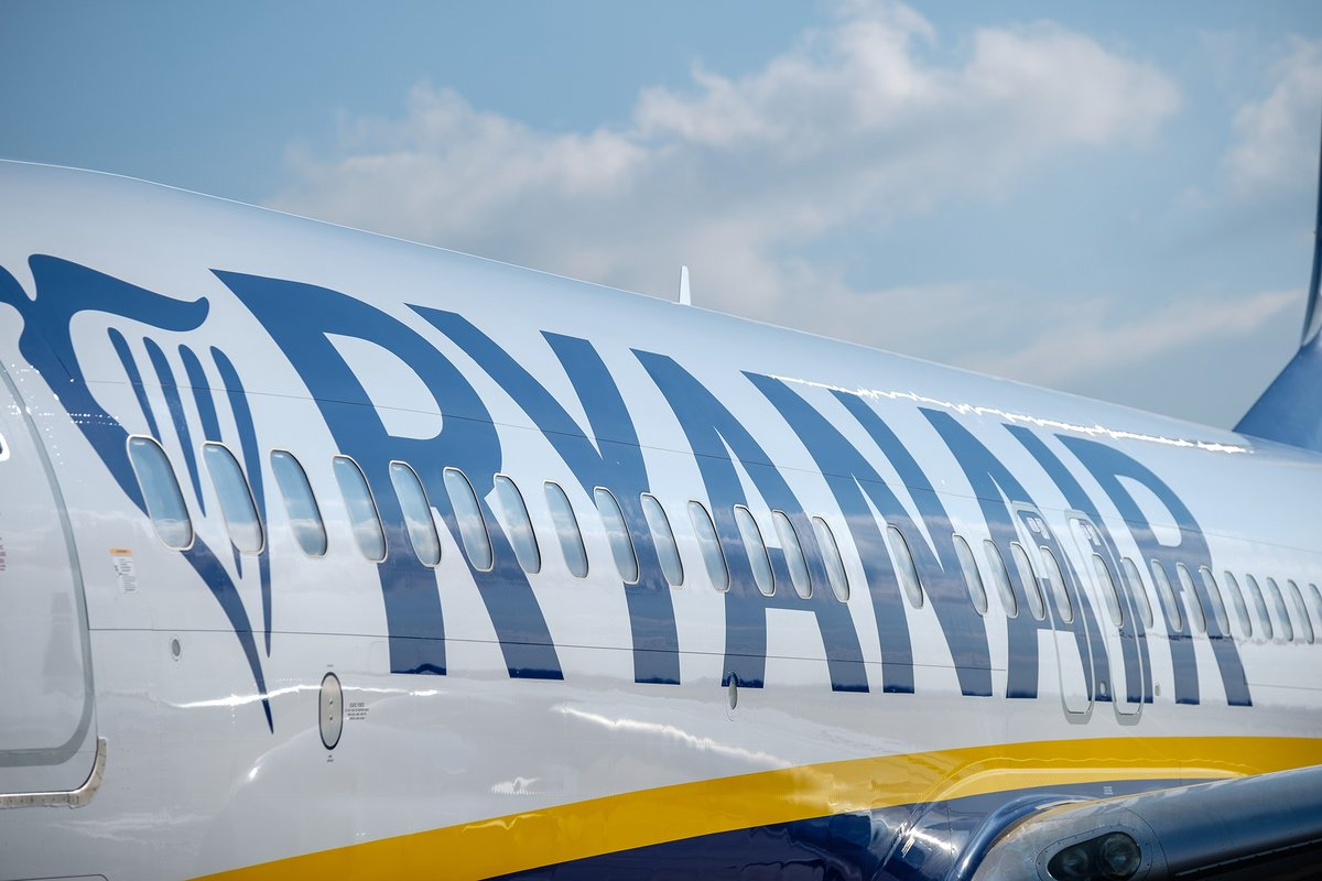 Hot on the heels of the return of @easyJet from Liverpool earlier this week this weekend will see @Ryanair flights return with 3x weekly flights starting to Alicante on Sunday and Malaga on Monday. Further Ryanair services from Liverpool are expected to recommence from early July https://t.co/84kLU3Komd