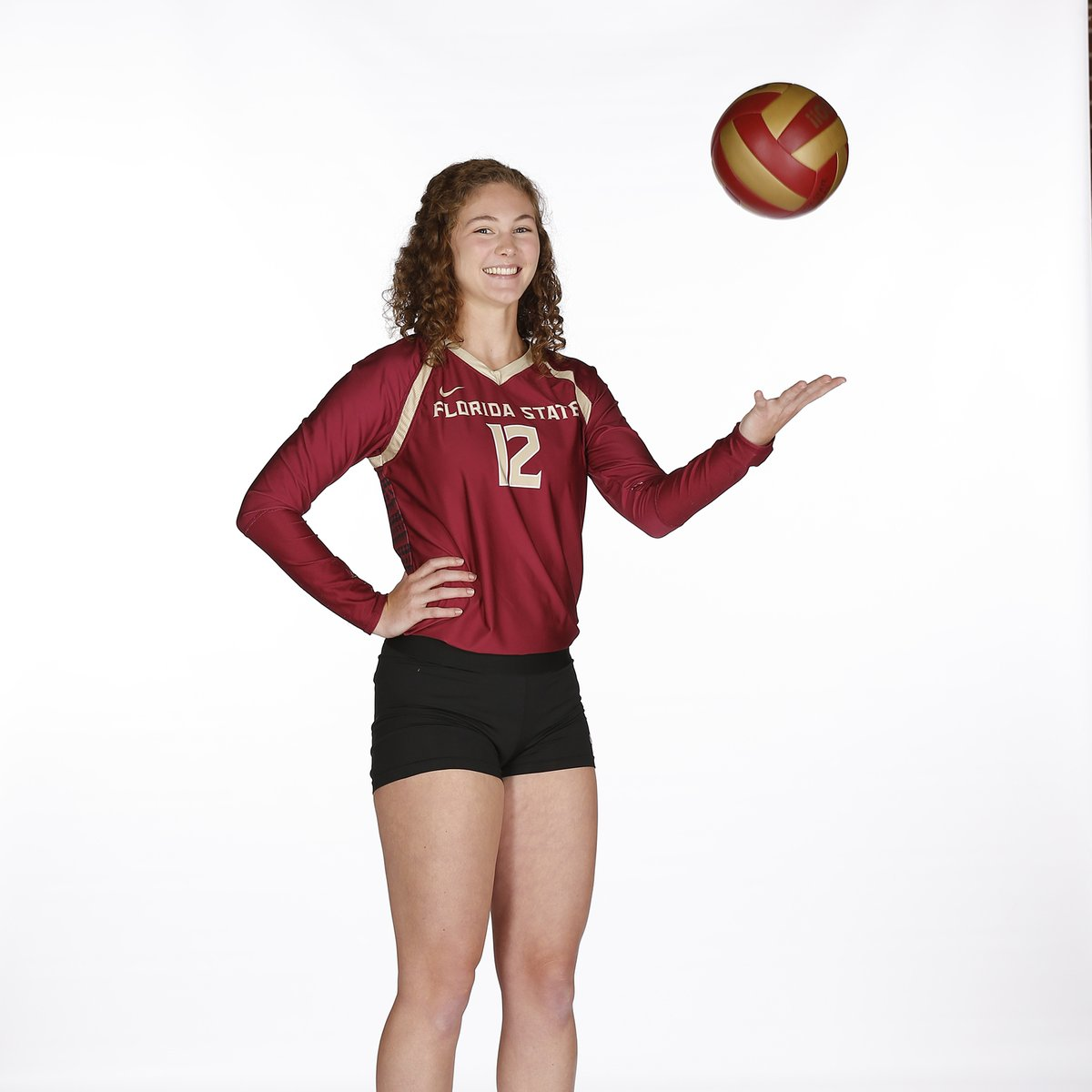 """""""Loren always knows how to put a smile on anyone's face. She is the definition of a giving teammate.""""  """"I LOVE Loren's work ethic.""""  """"Loren has such passion for the game & we're so excited to see her hard work, & intelligence pay off in her career at FSU.""""  #GoNoles https://t.co/GpU9cicI0O"""