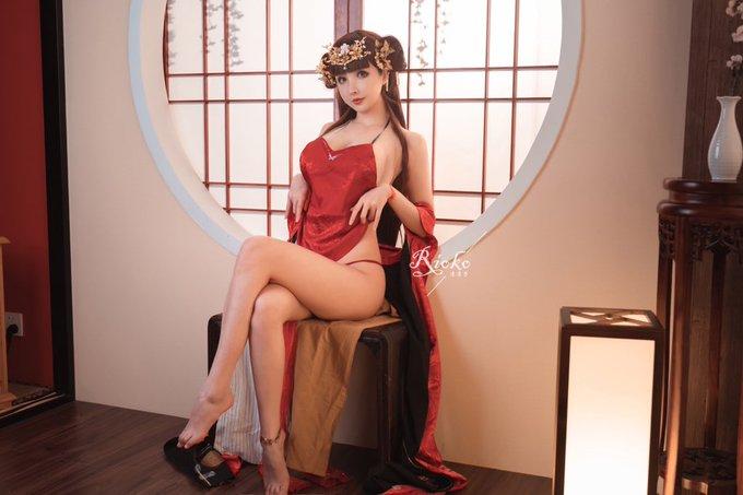 コスプレイヤーrioko凉凉子のTwitter自撮りエロ画像61