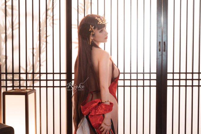 コスプレイヤーrioko凉凉子のTwitter自撮りエロ画像63