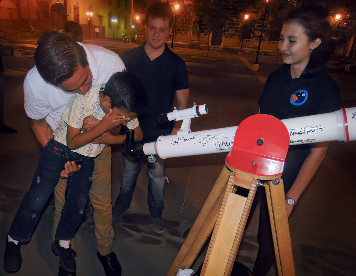 17 communities of underrepresented groups around the world have been selected to receive telescopes signed by astronauts and Nobel Laureates. This is the first group of telescopes to be distributed by the #Telescopes4All Collaboration #IAUoutreach orlo.uk/bEVUO